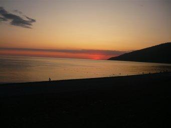 Закат Гагры пляж